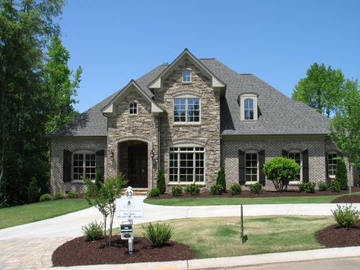 Homes of distinction waters edge estates on beautiful for Home builders greer sc